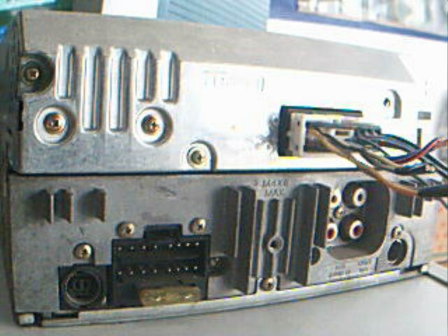 出售 三菱原车CD和索尼机头高清图片
