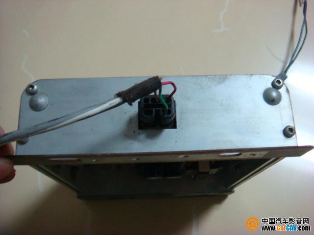 林肯车上的低音功放怎样接线 音响维修 汽车影音网论坛 汽车音响改装高清图片