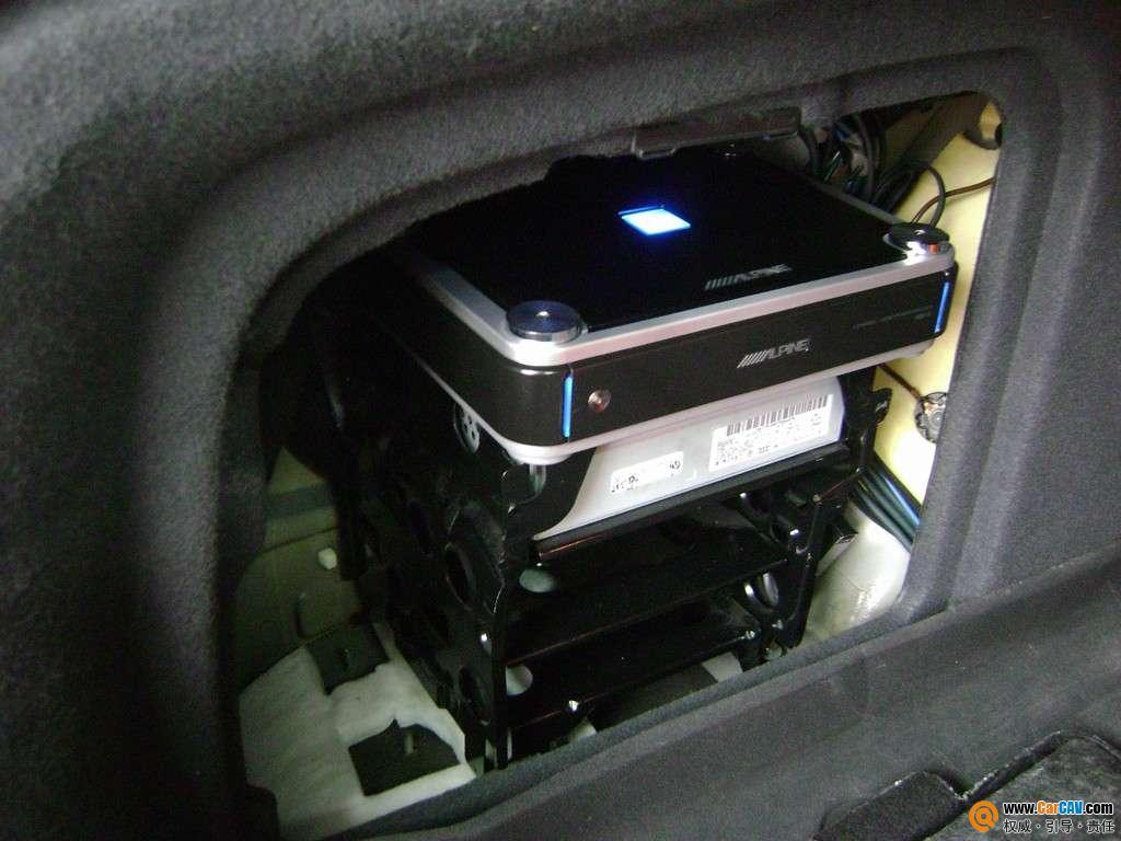 华鹏汽车音响 奥迪A6L音响改装升级阿尔派 4高清图片
