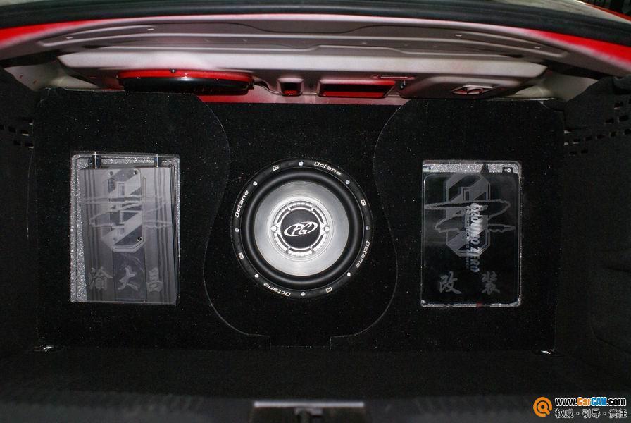 重庆渝大昌汽车音响 奥迪A4L音响改装阿尔派 零点 5高清图片