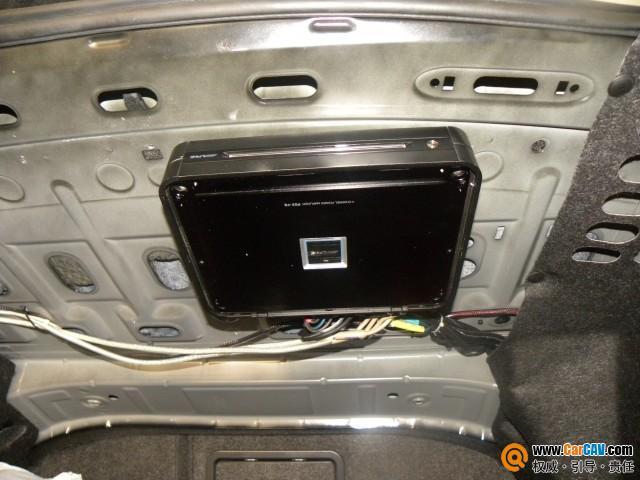 广州战神汽车音响 大众迈腾主机倒模加装阿尔派CD机高清图片