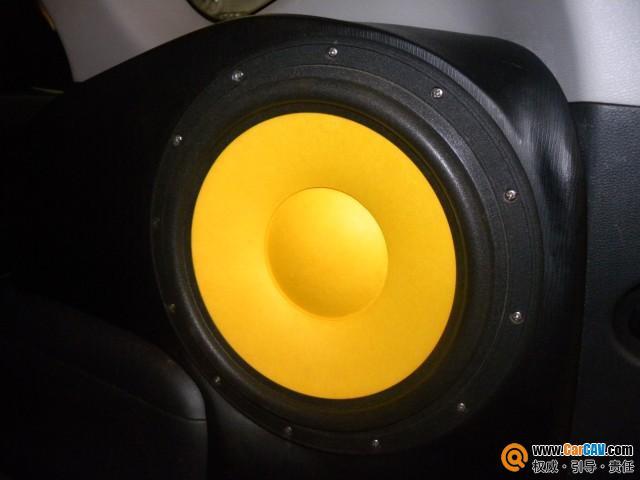 起亚新佳乐A柱倒模 尾箱倒模制作安装战神专车专用低音炮 汽车影音高清图片