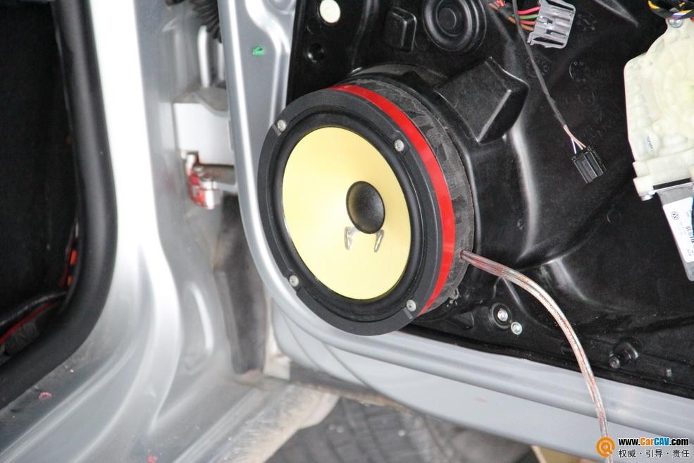 顺德力声汽车影音 高尔夫6音响升级,美国来福T1D415十五寸低音喇高清图片