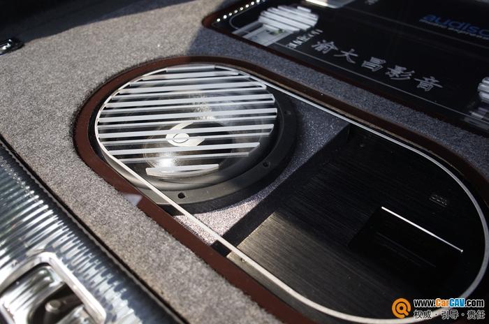 重庆渝大昌奥迪Q5汽车音响改装丹拿 挡不住的极致诱惑高清图片