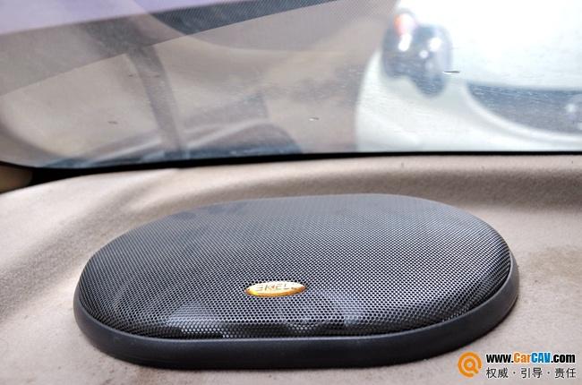场霸克rx650高音单元倒模安装于a柱   改装车型:比亚迪f3高清图片
