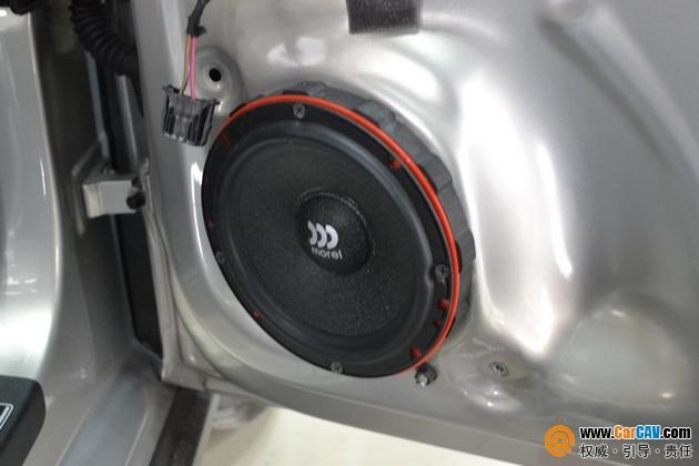 【重庆天龙】红色大众POLO改装前声场以色列摩雷 - 香港佳能仕公司 - 汽车音响