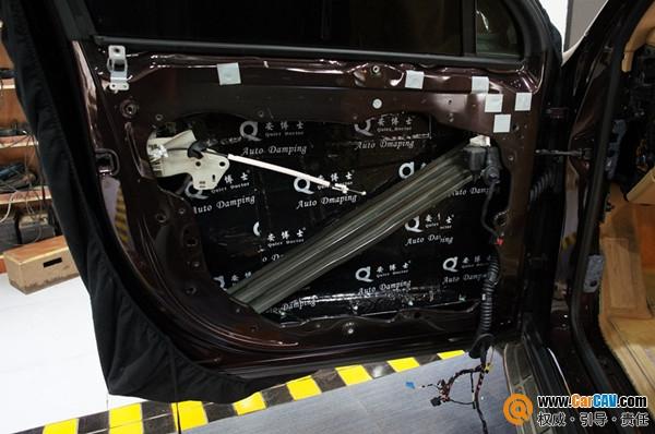 以音质为先 重庆渝大昌保时捷卡宴汽车音响改装零点高清图片