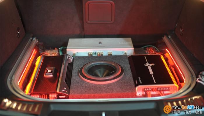 重庆三正凯迪拉克SRX汽车音响改装佛伦诗 享受 美 的声音高清图片