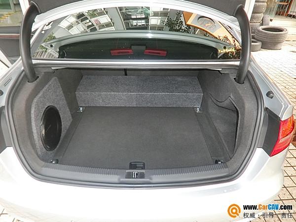 追逐音乐潮流 重庆渝大昌奥迪A4L汽车音响改装DD高清图片