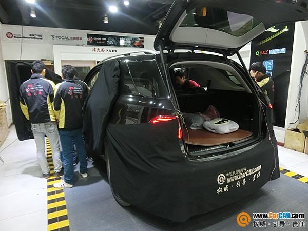 享受卓越音质 重庆渝大昌奔驰ML350汽车音响改装零点高清图片