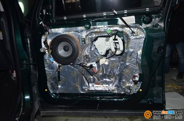苏州广东仔路虎发现4汽车音响改装劲浪乌托邦 完美匹配高清图片