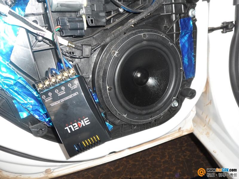 昆明魔音车坊专业汽车音响改装 福特嘉年华改装美国霸克DX650和绿高清图片