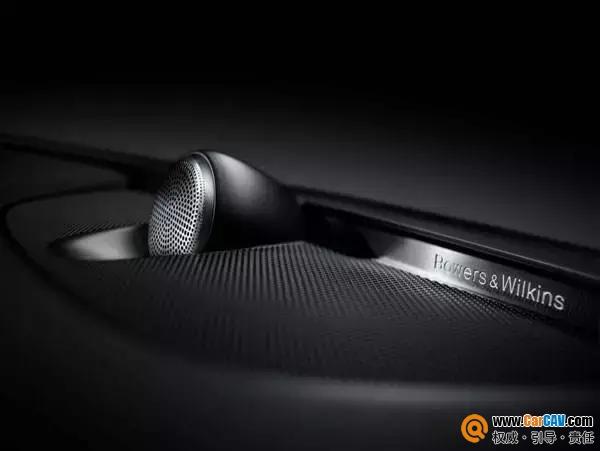 赵鹏上车亲体验沃尔沃S90原车音响系统