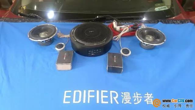 日产骐达追求低音快感 音麦图超薄炮TW8鸣战鼓