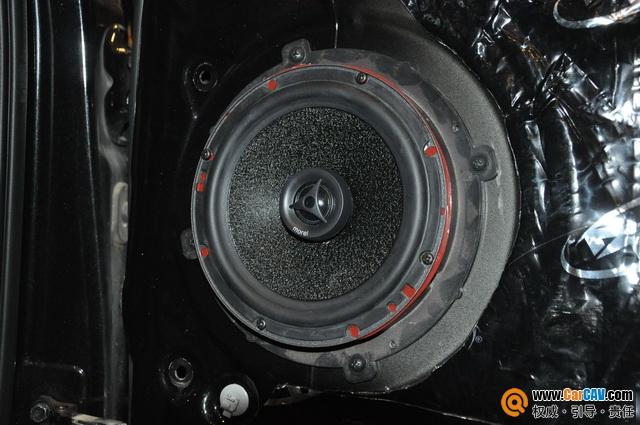 自贡诚信现代ix35汽车音响改装摩雷 畅享新声音