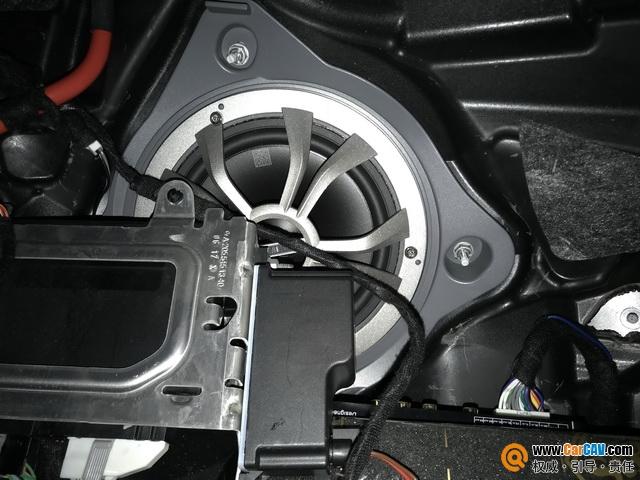 非凡音质 南京音乐人生奔驰C200汽车音响改装丹拿M