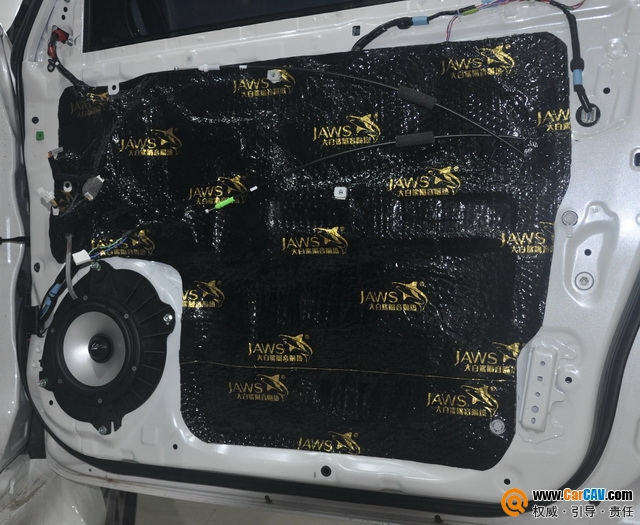 郑州环亚丰田霸道汽车音响改装audiosystem 用音乐