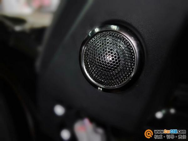 成都美声路虎发现5汽车音响改装艾索特ES165.3 专