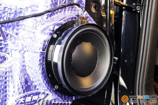 上海澳达龙大众途昂汽车音响改装丹拿V17 良心喇叭