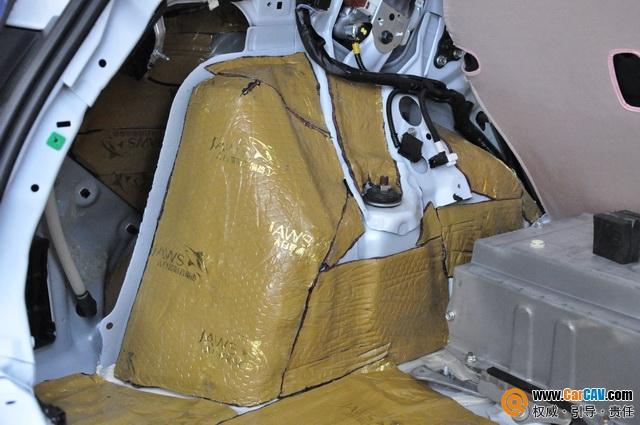 和噪声隔绝 贵阳元音改雷克萨斯CT200汽车澳门永利赌场官网改装大白鲨
