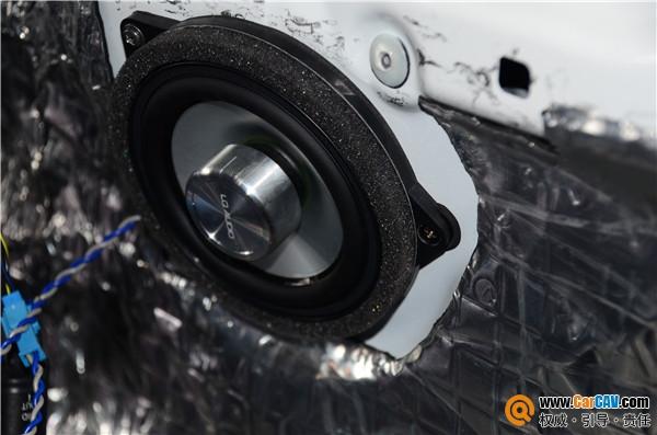 青岛丰慧宝马X4汽车音响改装蓝驱宝马专用 质的飞