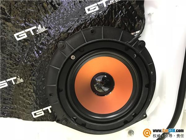苏州亿丰奥迪A4汽车音响改装卡顿 让音质不再残缺