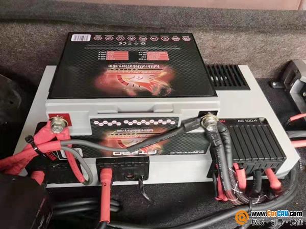 一个月内单店售出30+台,美国费洛特AGM高性能电池
