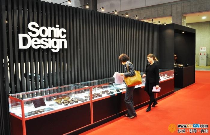 自带密闭一体型箱体 日本Sonic Design与原车音响