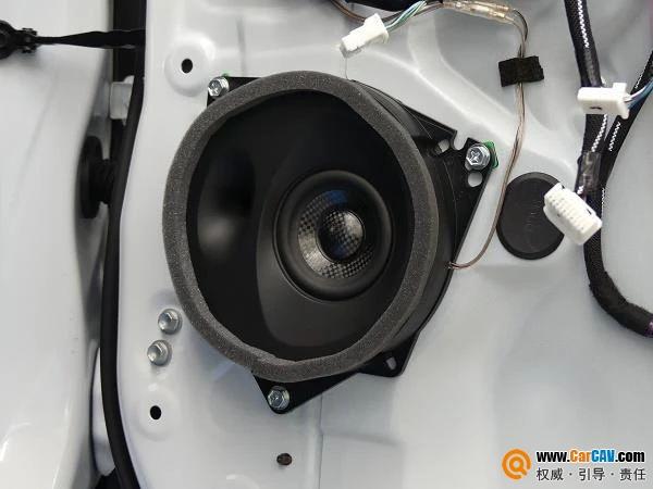 改善雷克薩斯NX音響系統,自帶密閉箱體的聲麗創音