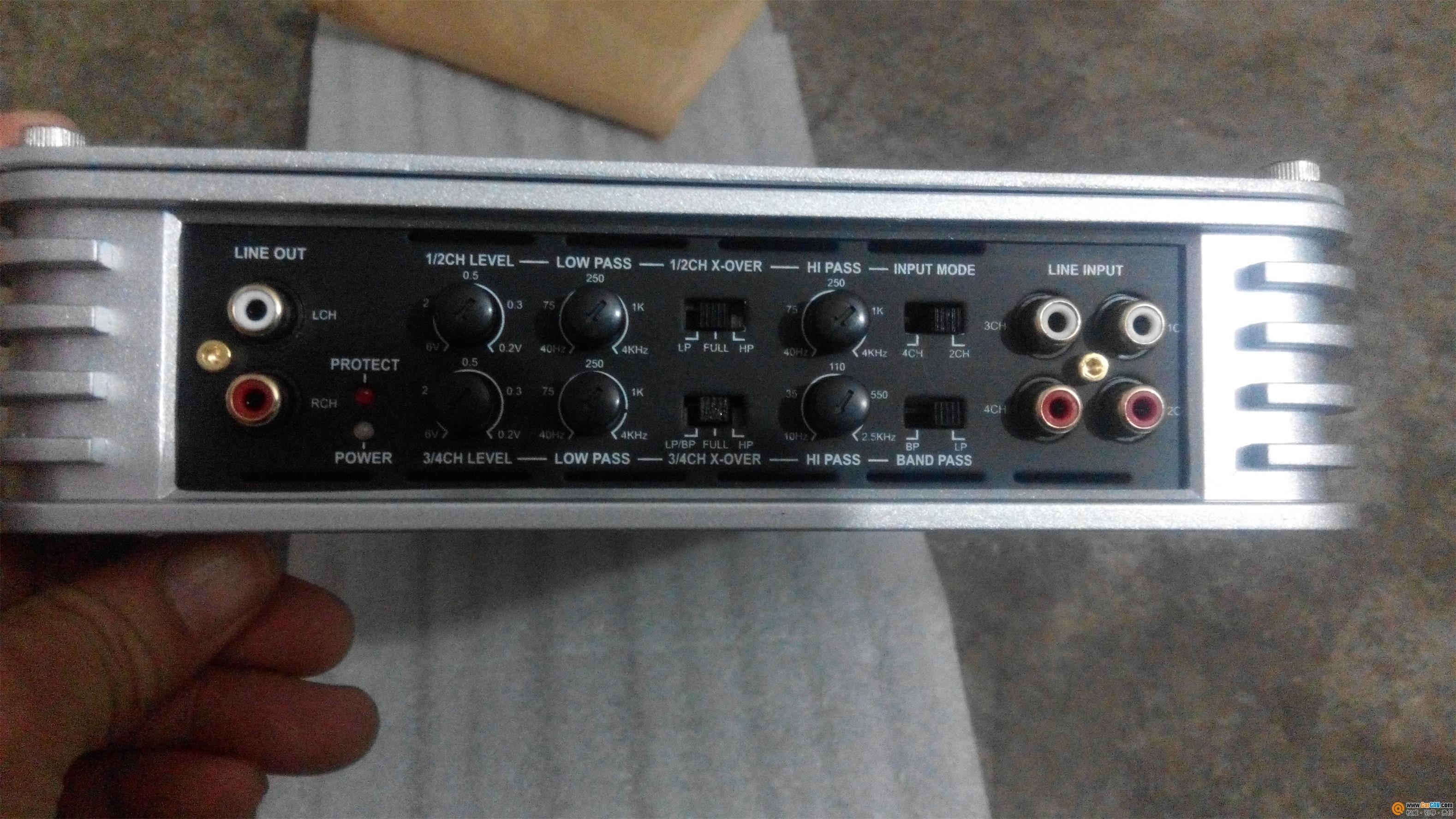 1.电子管4路汽车功放soundstar6110   2.成色:999新   4.支高清图片