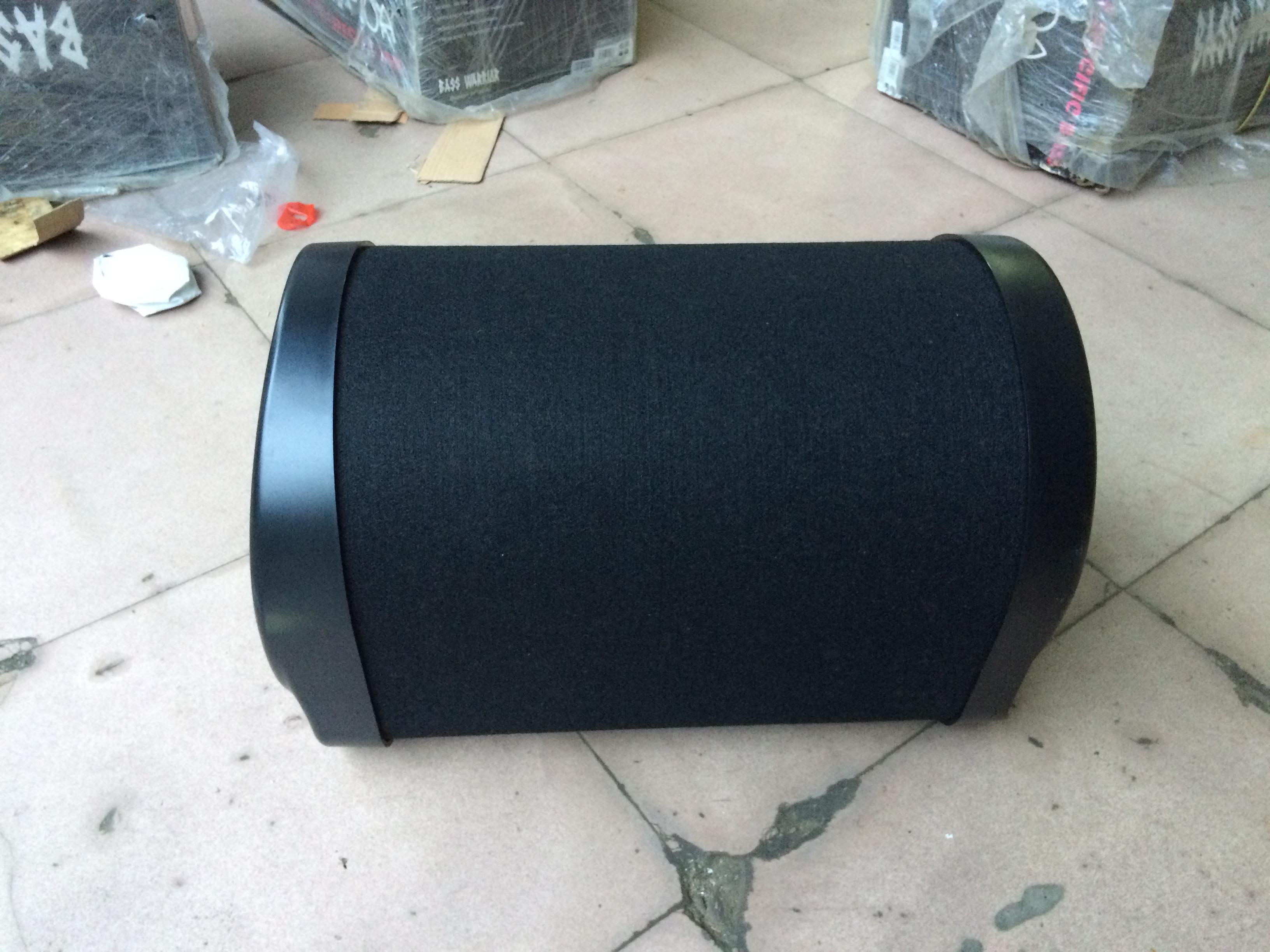 出售原装黑剑10寸低音炮高清图片