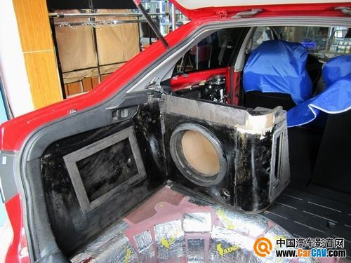 赣州四龙赛伦斯 rstm改装一汽马自达6轿跑汽车音响 高清图片