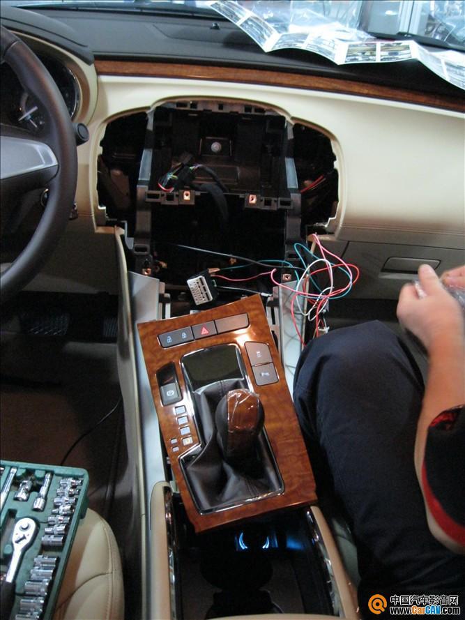 装DVD导航和倒车影像 汽车影音网论坛 汽车音响改装升级 汽车导航高清图片
