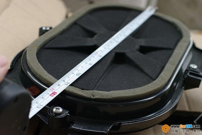 广州 丰田阿尔法拆车的JBL低音喇叭 汽车影音网论坛 汽车音响改装升高清图片