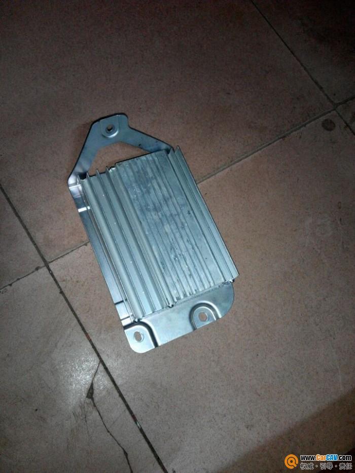 接线定义,改动插头可以代用很多现代车功放.输出1路中置2路高清图片