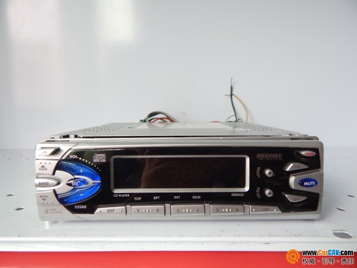 低价出汽车CD机高清图片