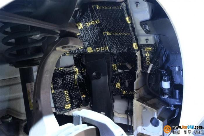 中道汽车隔音的静谧之道 打造奔驰E300L专属胎噪解决方案