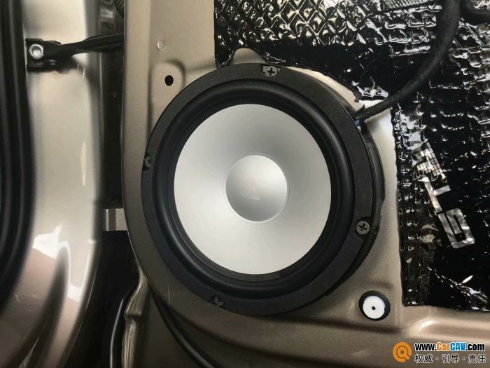 成都美声斯柯达柯迪拉克汽车音响改装艾索特RE165.